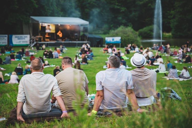 Heute starten die Picknick-Konzerte am Oldenburger Utkiek.