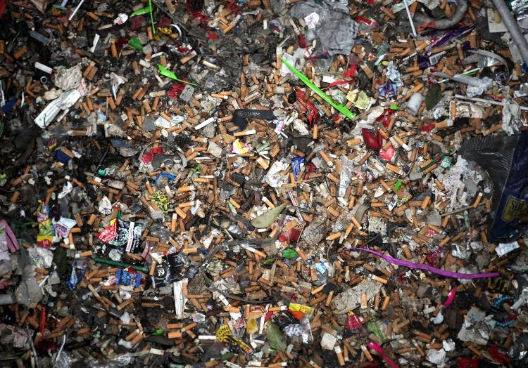 Kippen und anderer Müll, über dts Nachrichtenagentur