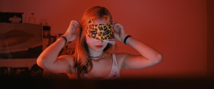 """""""Lovecut"""" ist die authentische Darstellung sechs Teenager der Smartphone-Generation im komplizierten Dschungel von Freundschaft, Vertrauen, Sex, Elternhaus und Zukunft."""