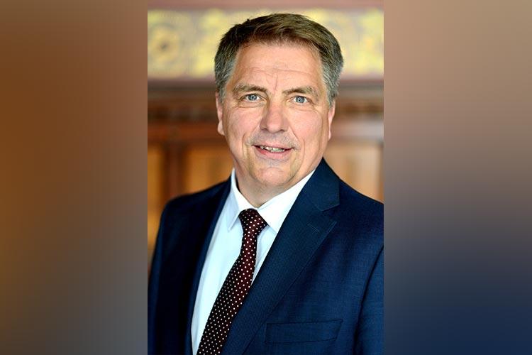 Oldenburgs Oberbürgermeister Jürgen Krogmann ist mit hoher Wahrscheinlichkeit mit dem Coronavirus infiziert.