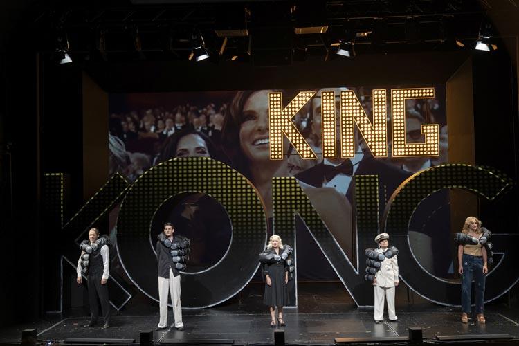 """""""King Kong und der alte weiße Mann"""" läuft als Uraufführung von Robert Gerloff und Anna-Teresa Schmidt derzeit im Kleinen Haus des Oldenburgischen Staatstheaters."""