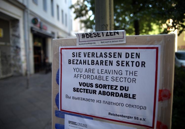 Plakat von Gentrifizierungsgegnern in Berlin, über dts Nachrichtenagentur