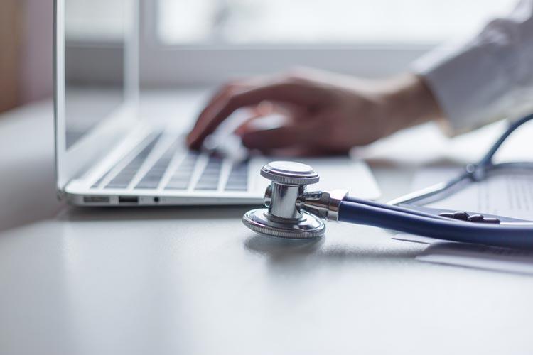 Die Digitalisierung im Gesundheitsbereich findet statt.