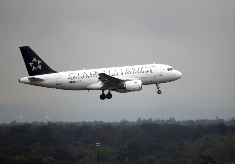Star-Alliance-Maschine im Anflug auf Frankfurt, über dts Nachrichtenagentur