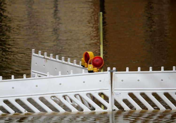 Hochwasser-Absperrung, über dts Nachrichtenagentur