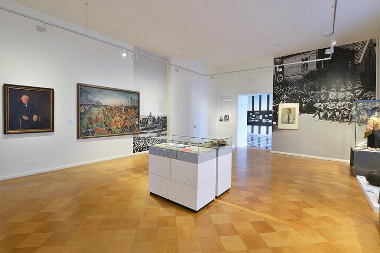 Die Ausstellungsräume zum Thema Nationalsozialismus wurden im Oldenburger Landesmuseum neu gestaltet.