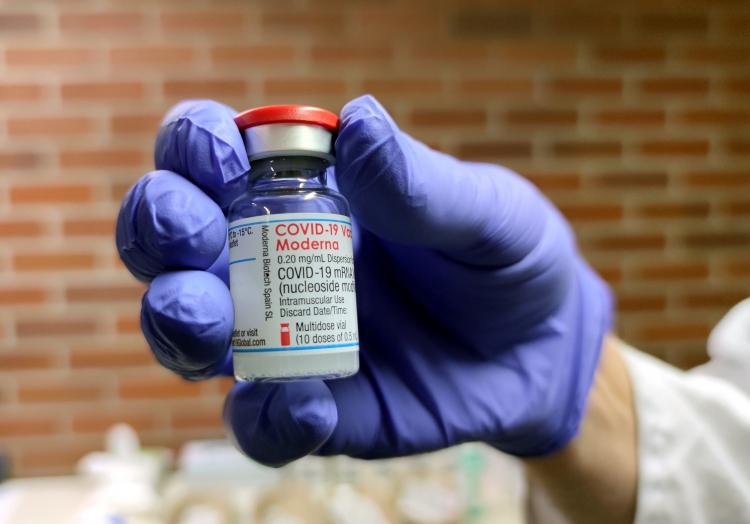 Impfampulle von Moderna, über dts Nachrichtenagentur