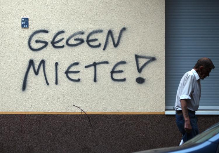 ´Gegen Miete´-Graffiti an einer Hauswand in Berlin-Neukölln, über dts Nachrichtenagentur