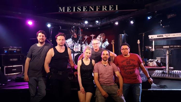 """Die lokale Band """"Chikkenz"""" soll am Freitag, 13. August, auf der Bühne stehen."""