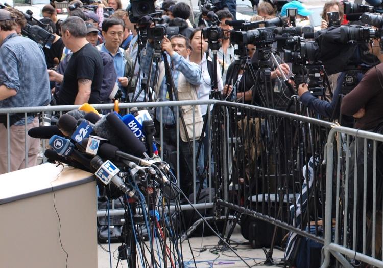 Journalisten auf einer Pressekonferenz, über dts Nachrichtenagentur