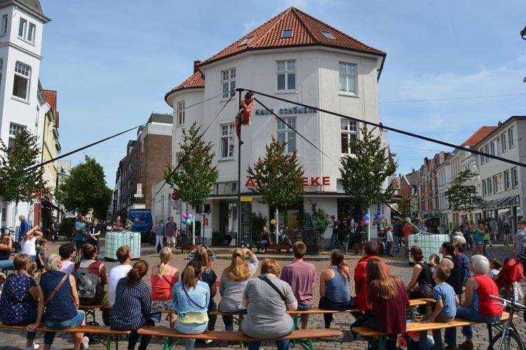 Das Oldenburger Stadtzentrum wird an diesem Wochenende, 14. und 15. August, ab 12 Uhr zur Freilichtbühne.