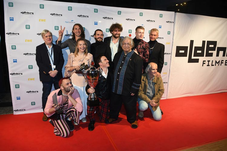 Große Freude herrschte zur Award-Vergabe bei der Closing Night Gala beim 28. Internationalen Filmfest Oldenburg im Oldenburgischen Staatstheater.