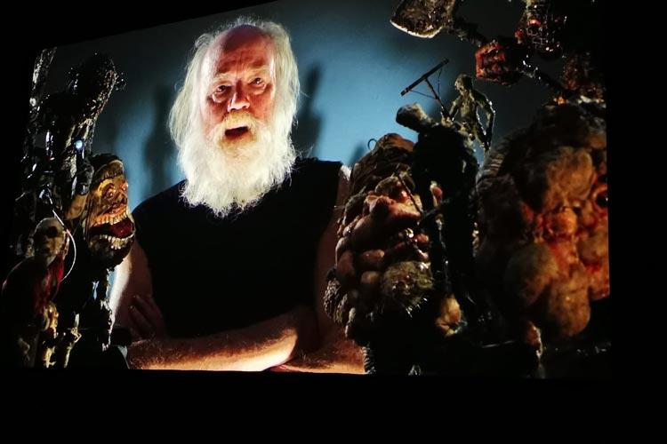 Regisseur und Drehbuchautor Phill Tippet in einer Videobotschaft an das Oldenburger Filmfest-Publikum.