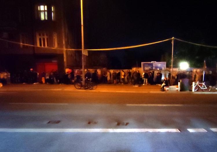 Warteschlange vor einem Berliner Club am 4.9.2021, über dts Nachrichtenagentur